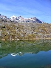 Reflet de l'Illampu dans l'eau de la laguna Chillata