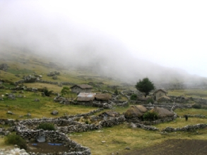 Le village de l'age de pierre de Takesi