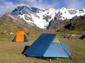 Campement au pied de l'Ausangate