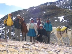 A 5165m, jubilation des Botta-Moret-Pujos sur le circuit de l'Ausangate au Pérou