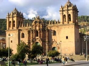 La catedrale de Cusco sur la Plaza de Armas