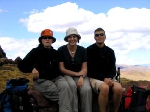 Photo de groupe a 4300m, quatrieme col toujours aussi froid