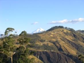 Le volcan Cotopaxi vu de Quito