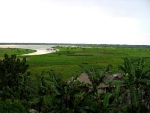 Vue sur le Fleuve Amazone depuis Iquitos
