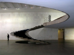 Escalier du ministere des affaires etrangeres a Brasilia