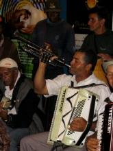 Acccordeoniste-trompetiste a Diamantina, Minas Gerais