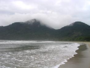 La plage de Dois Rios sur Ilha Grande