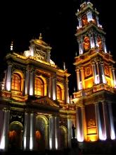 L'Eglise San Francisco de nuit a Salta, Argentine